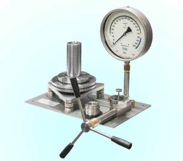 thiết bị hiệu chuẩn đồng hồ đo áp suất - Stiko Hà Lan