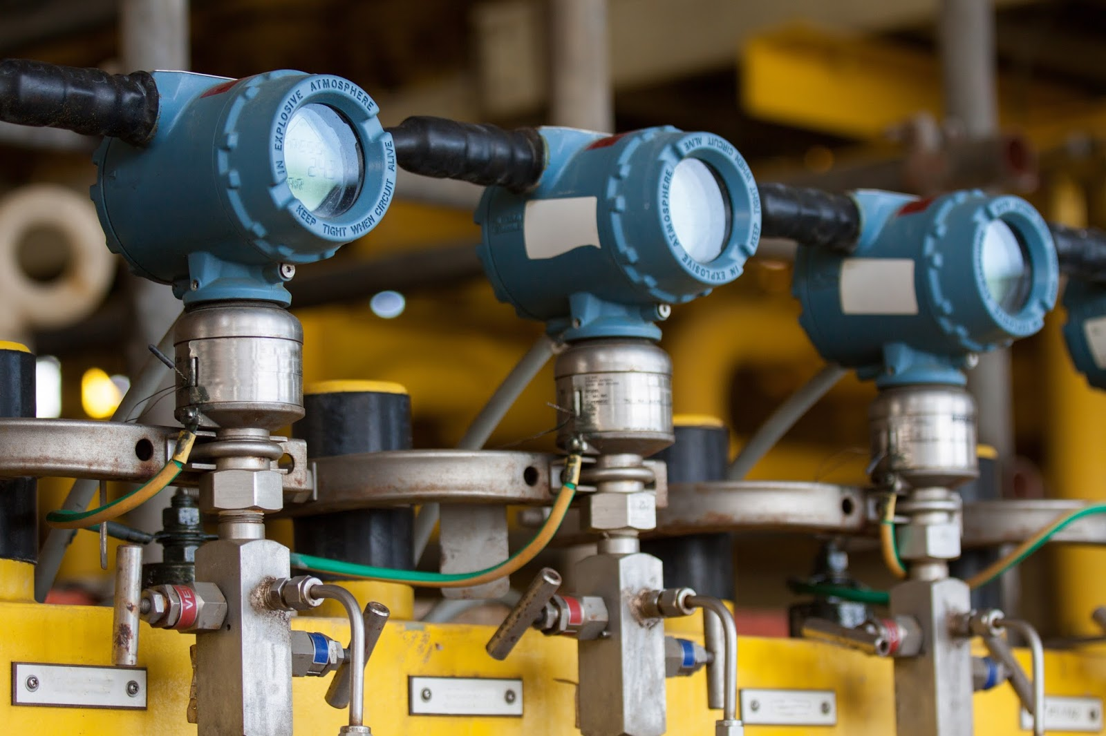 cảm biến áp suất dùng trong dầu khí