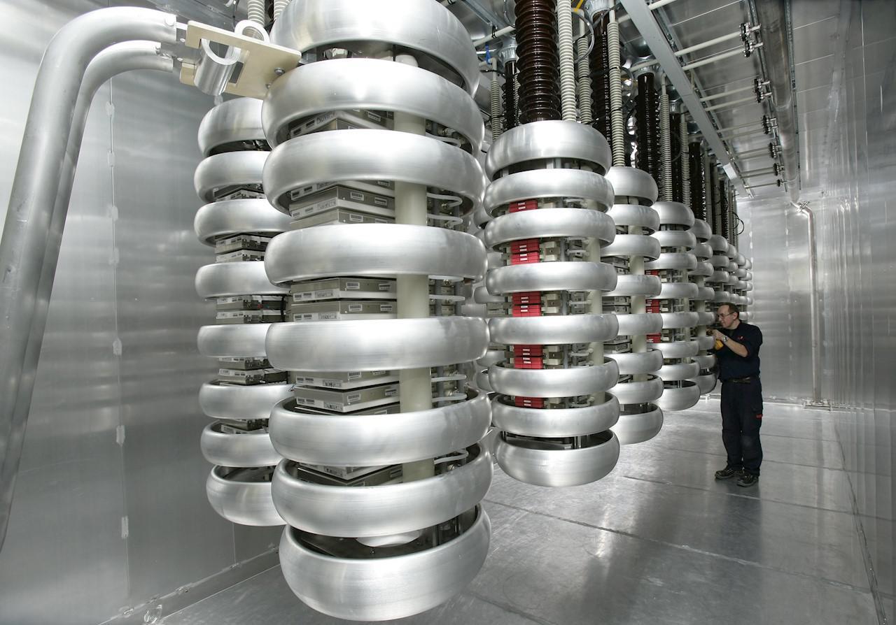 Thành phần trong hệ thống truyền tải điện năng HVDC