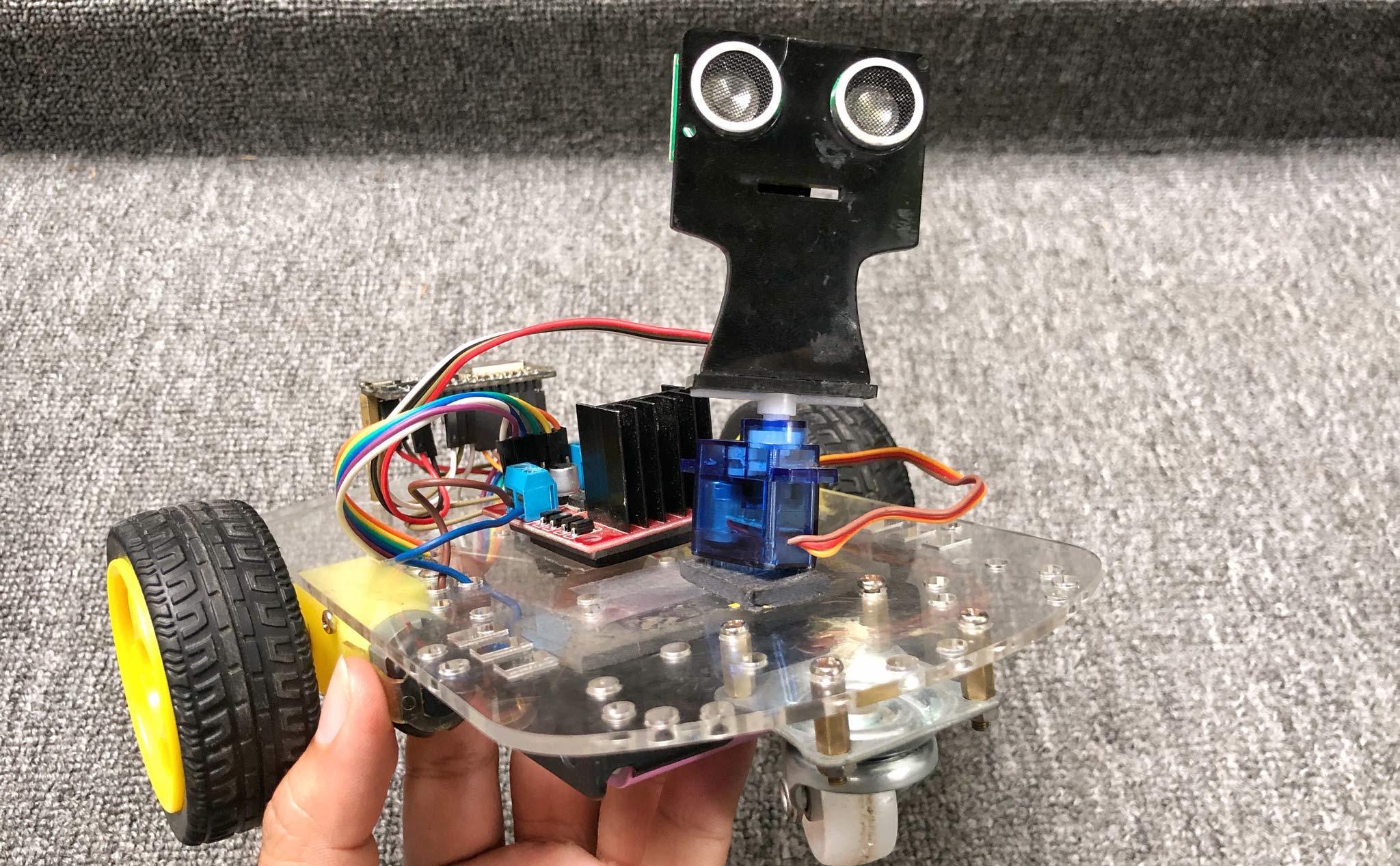 Cảm biến siêu âm sử dụng trên robot