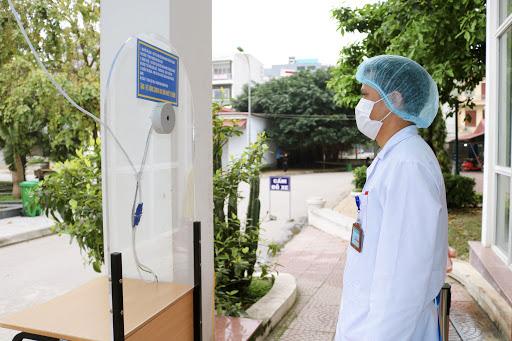 Đo thân nhiệt tại bệnh viện
