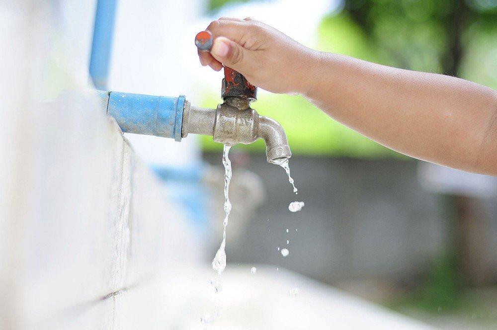 Nước sạch được phân phối đến người dân