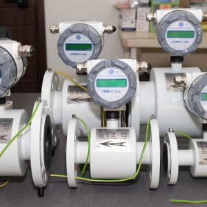 Đồng hồ đo lưu lượng nước điện tử Comac Cal - Czech