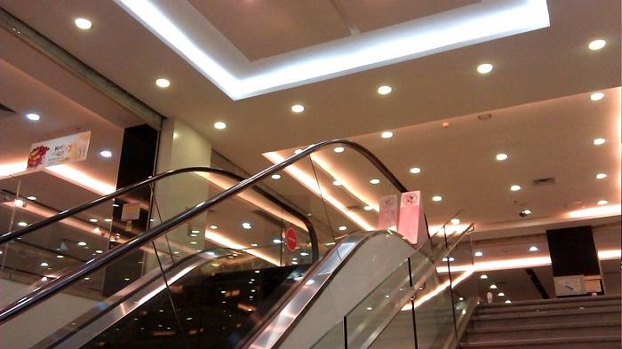 Đèn LED âm trần được sử dụng rất phổ biến