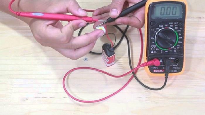 Thực hiện dễ dàng quá trình đo mạch bằng đồng hồ đo