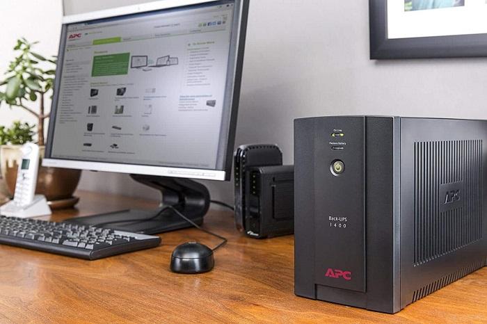 Ứng dụng cung cấp điện cho máy tính